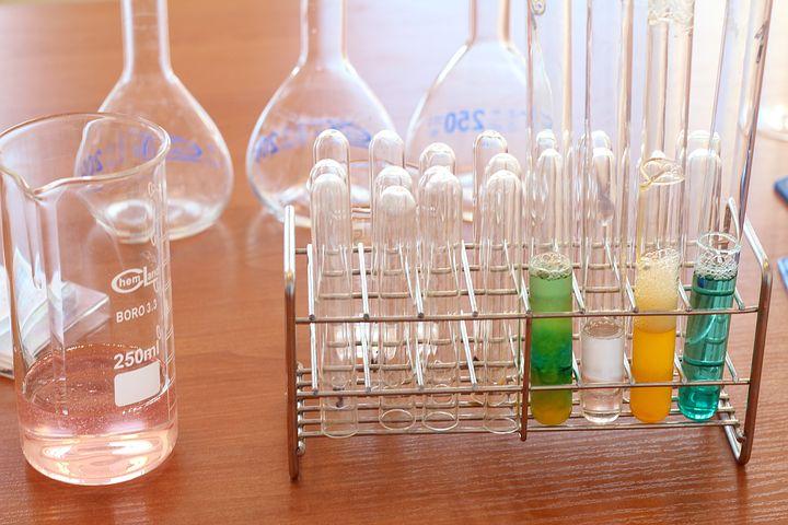 Les métiers liés à la chimie